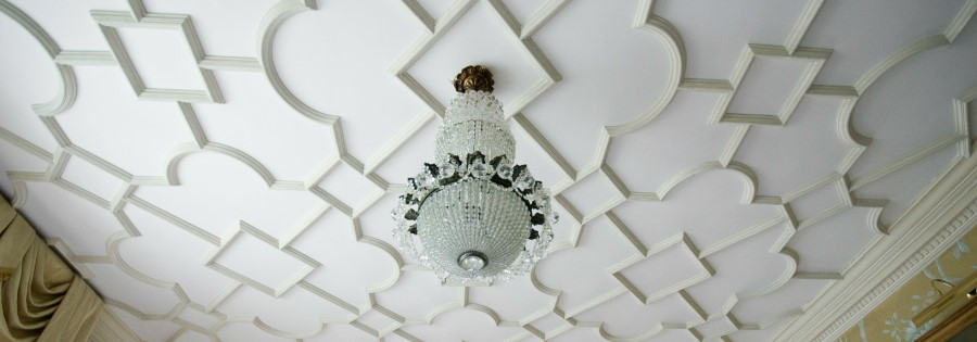 jacobean decorative ceiling